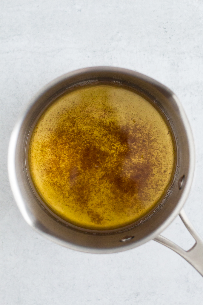 Add an extra dose of flavor to your recipes with browned butter! Learn how to brown butter with these easy-to-follow steps (plus a video tutorial).